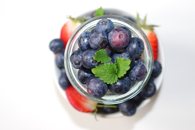 10 Benefits of Blueberries - Backed by Science...